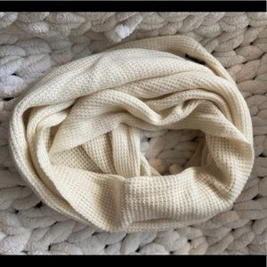 J.Crew waffle texture off white infinity scarf GUC